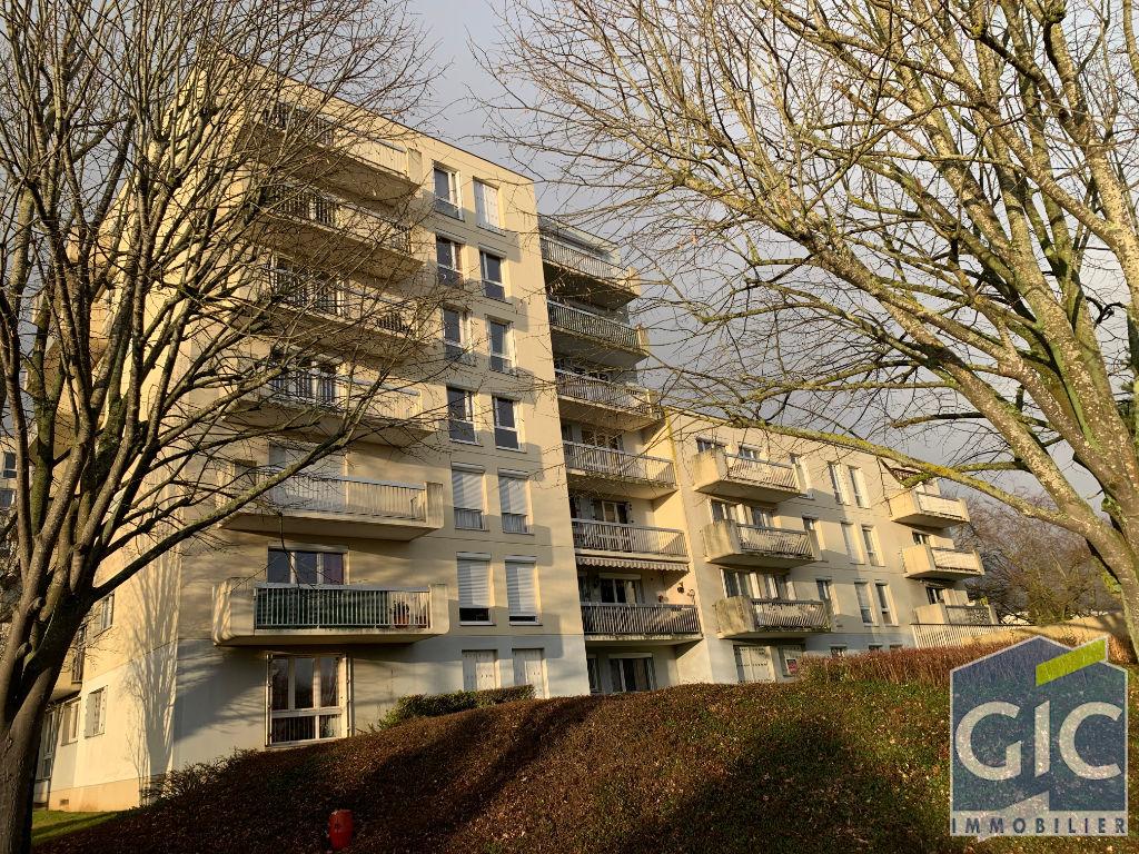 F 2 50 m2 Caen proche TRAM grand balcon expo ouest