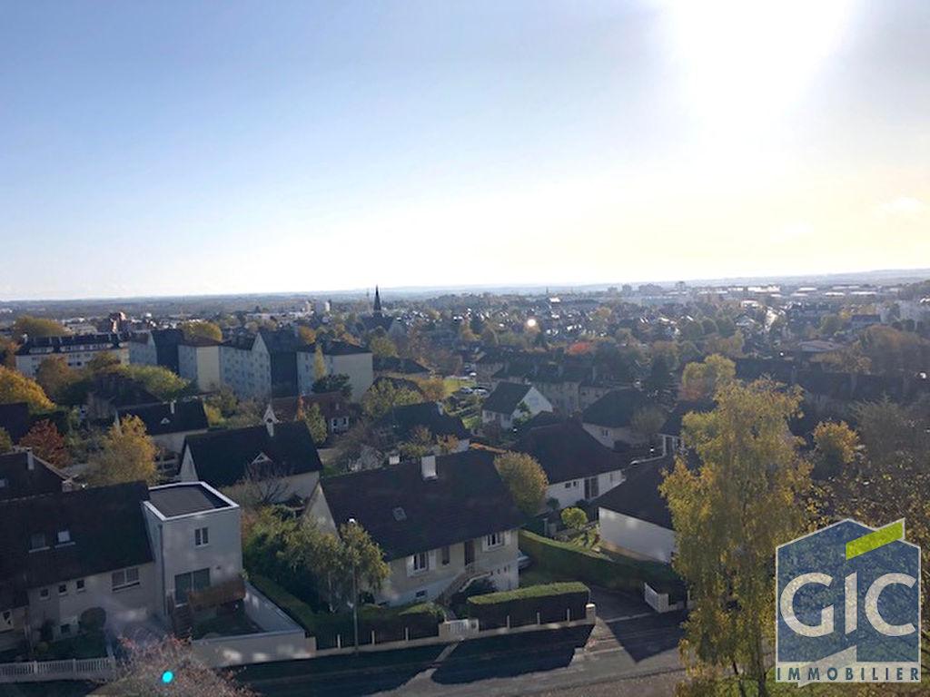 Appartement Caen Quartier Saint Paul avec balcon panoramique 5 pièce(s) 100 m²