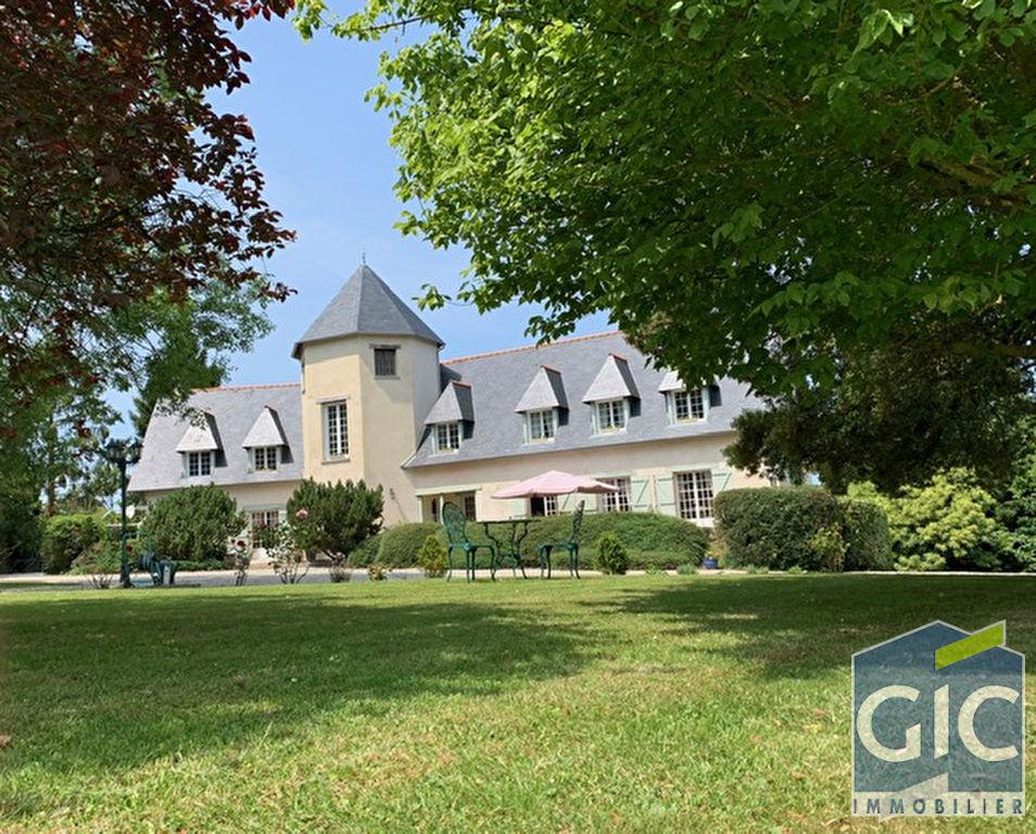 Maison Caen 10 pièce(s) 300 m2
