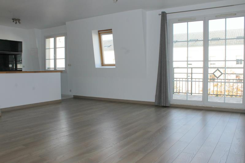 Rental apartment Cergy le haut 905€ CC - Picture 2