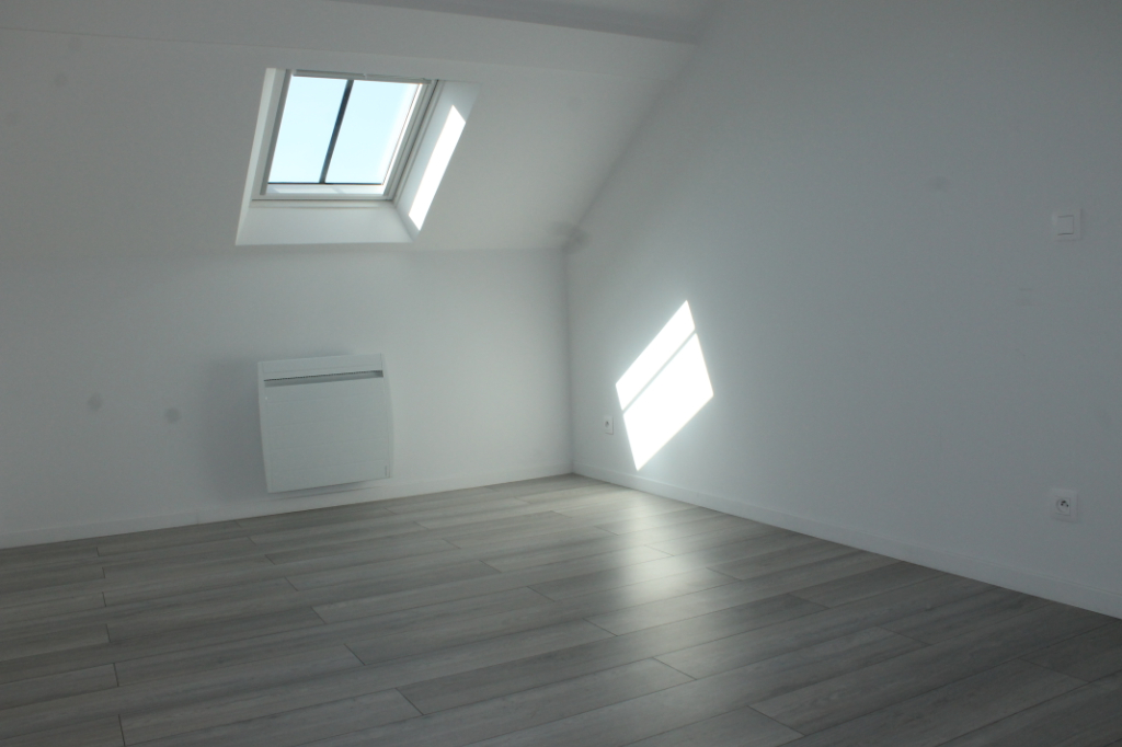 Rental apartment Henonville 830€ CC - Picture 5
