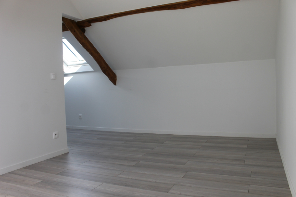 Rental apartment Henonville 830€ CC - Picture 6
