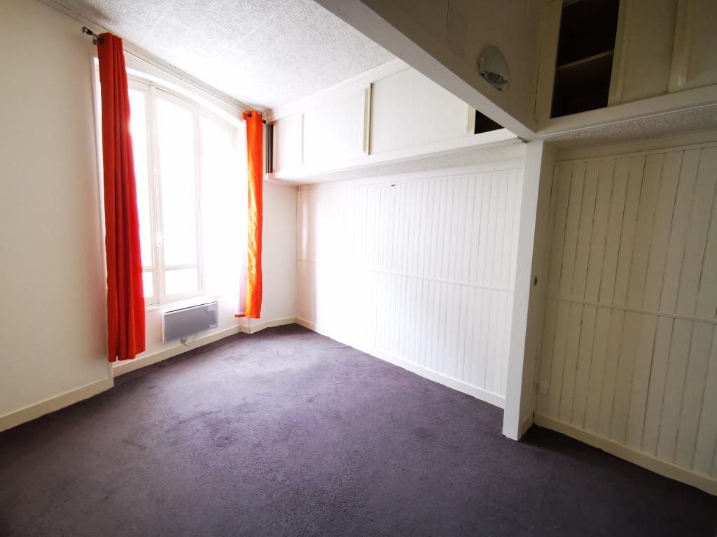 Sale office Pontoise 169000€ - Picture 2