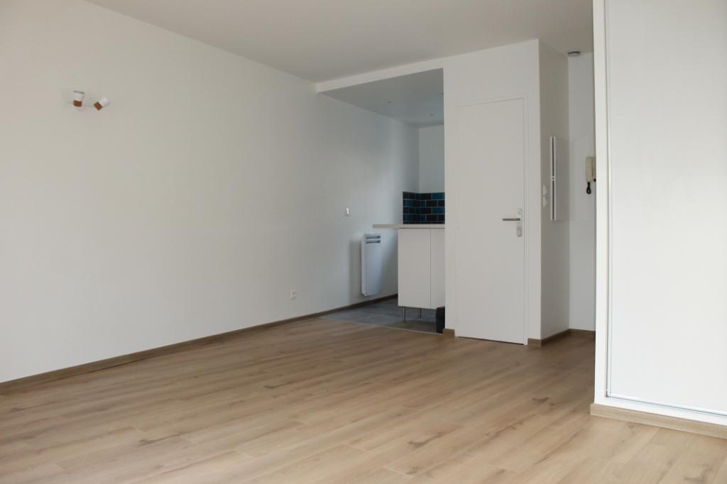 Rental apartment Pierrelaye 650€ CC - Picture 2