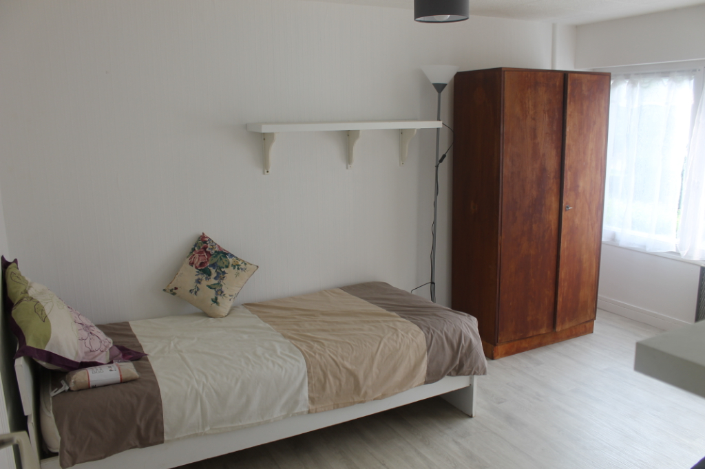 Location appartement Osny 450€ CC - Photo 1