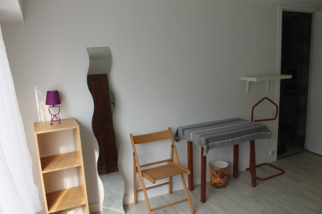 Rental apartment Osny 450€ CC - Picture 2