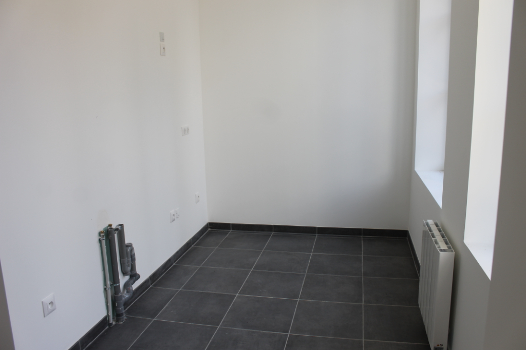 Location appartement Grisy les platres 800€ CC - Photo 4