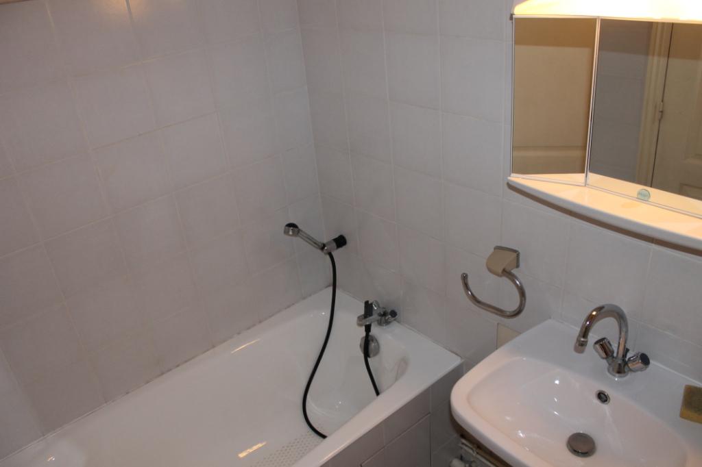 Location appartement Pontoise 760€ CC - Photo 7