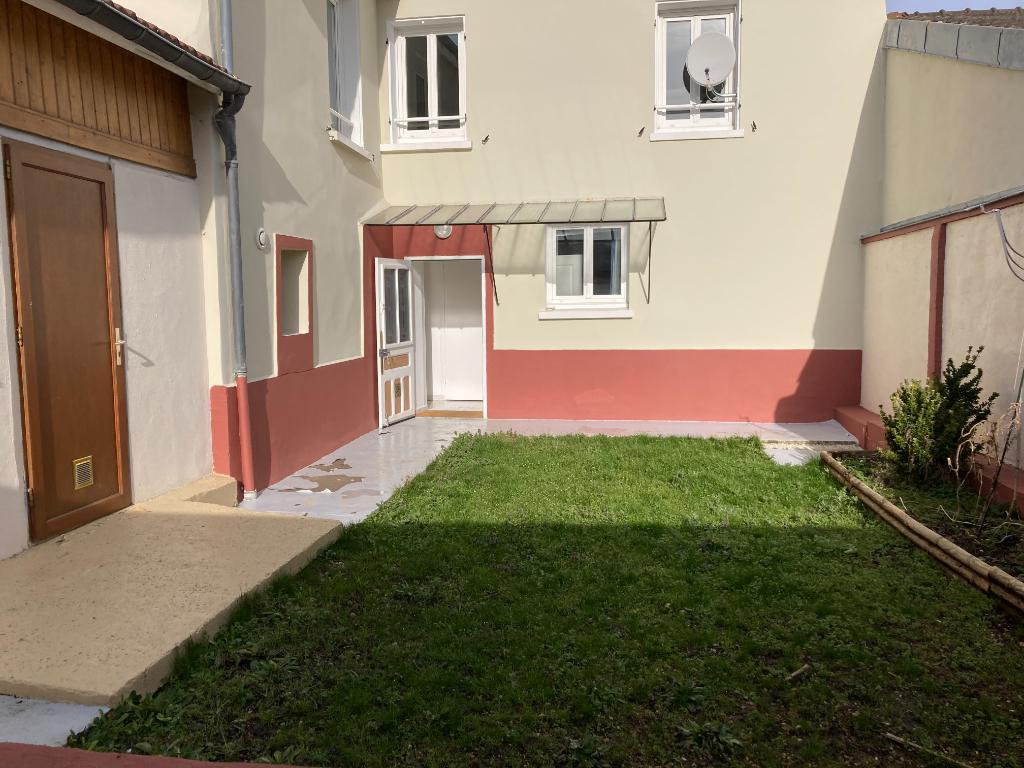 Maison QUINCY VOISINS - 7 pièce(s) - 158 m2