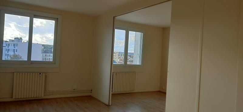 Rental apartment Poissy 1 165€ CC - Picture 2
