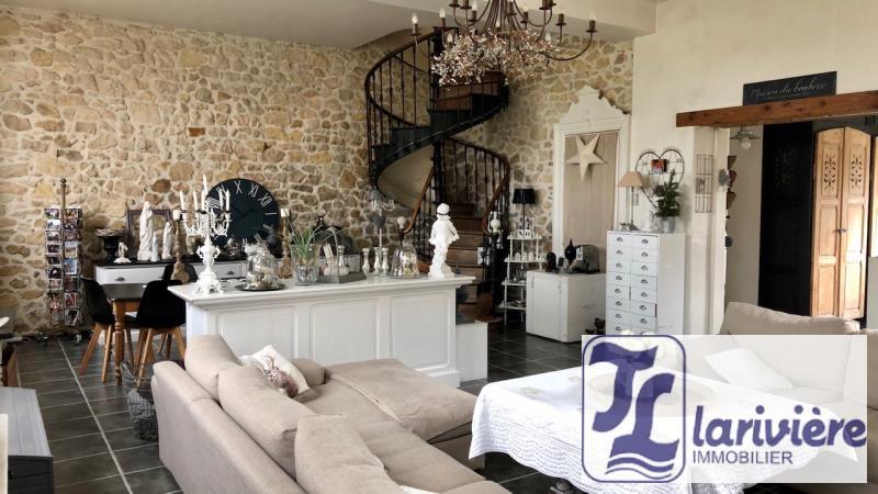 Sale house / villa Marquise 409500€ - Picture 2