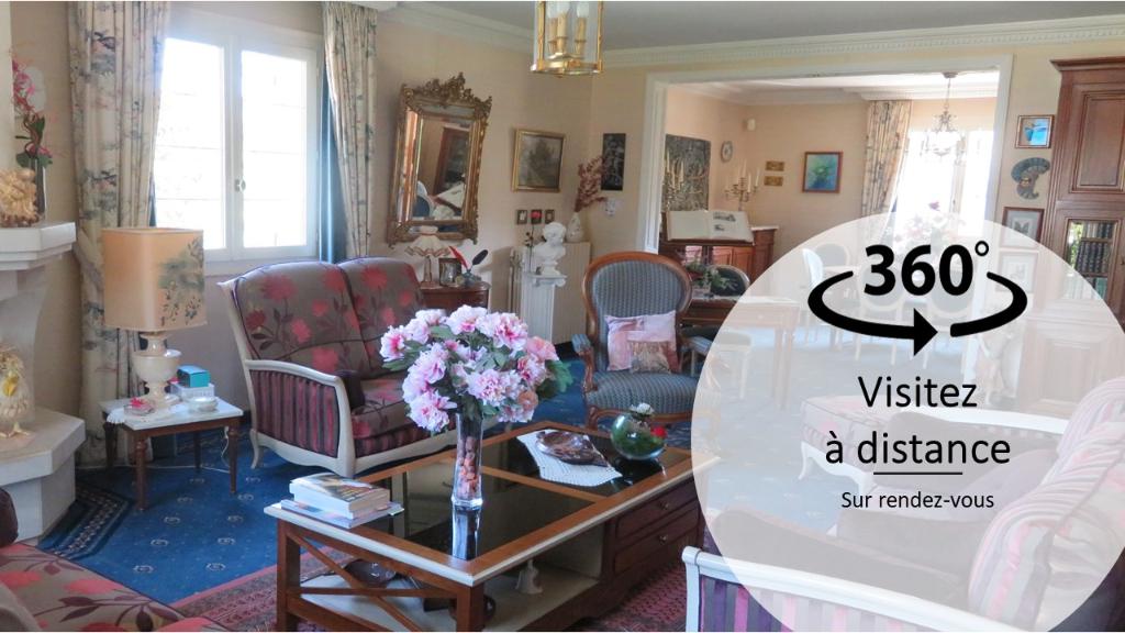 Sale house / villa Veretz 399900€ - Picture 1