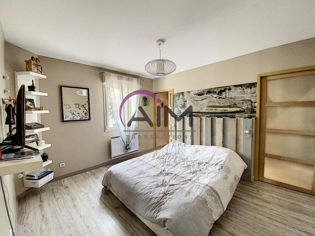 Sale house / villa Montlouis sur loire 341900€ - Picture 6