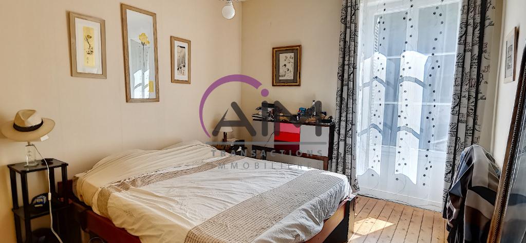 Sale house / villa Montlouis sur loire 374500€ - Picture 4