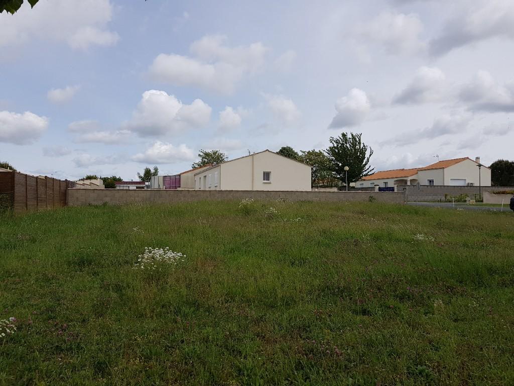 Sale site Vouille les marais 34000€ - Picture 2