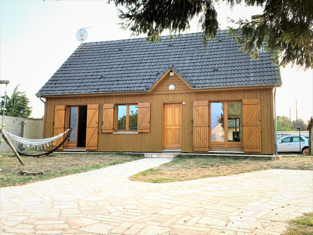 Sale house / villa Yerres 417000€ - Picture 1