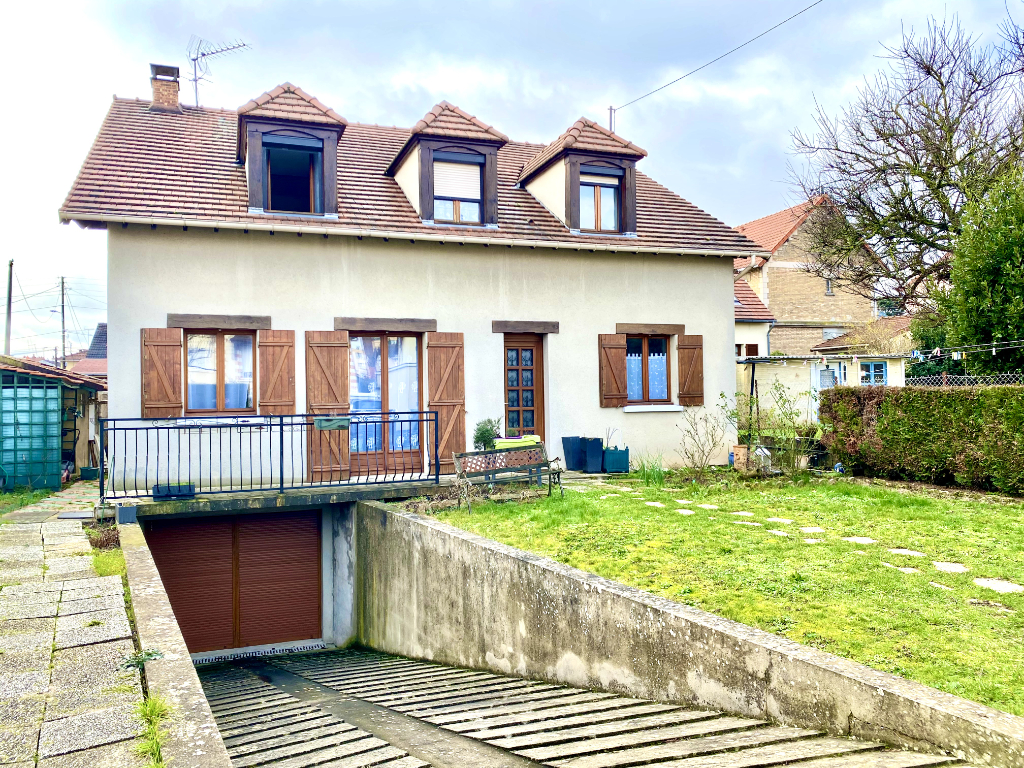 Sale house / villa Athis mons 379 000€ - Picture 2