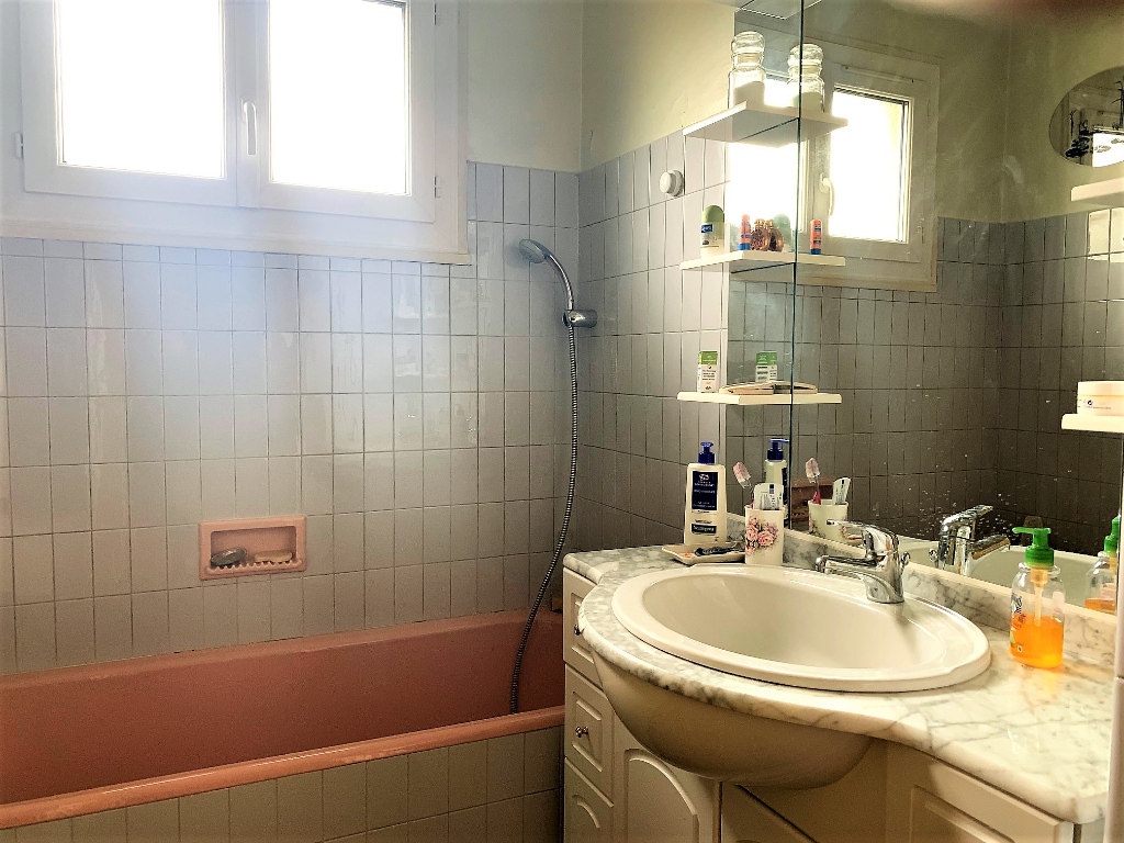 Sale apartment Athis mons 314500€ - Picture 9