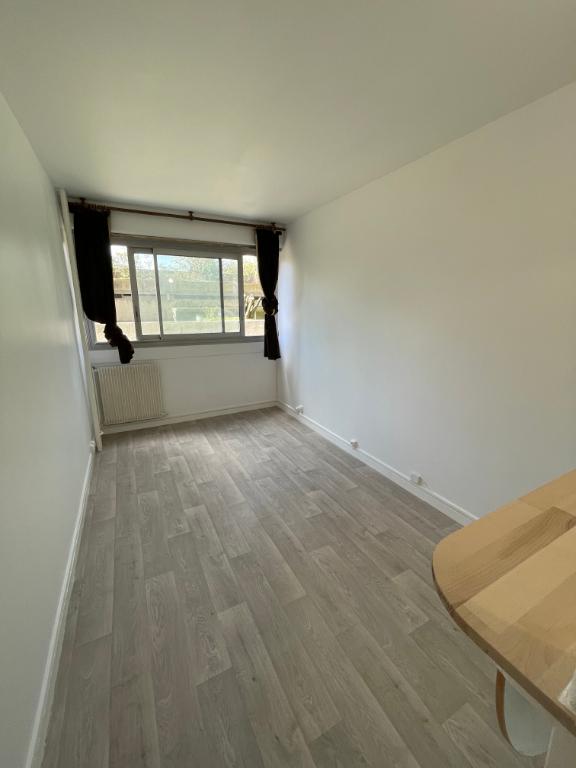 Appartement Juvisy Sur Orge 1 pièce(s) 20.07 m2