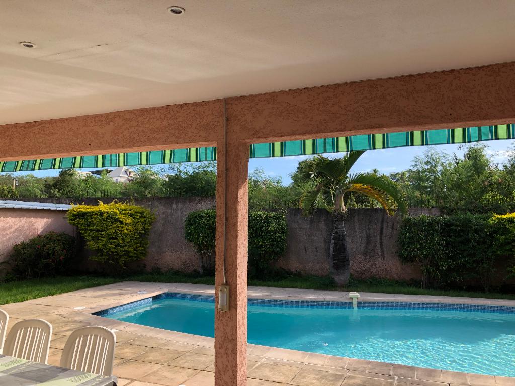 Villa 6 pièces en duplex 174m²