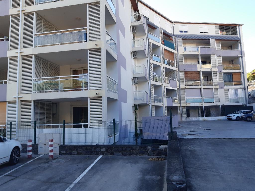 SAINT DENIS - Appartement T1