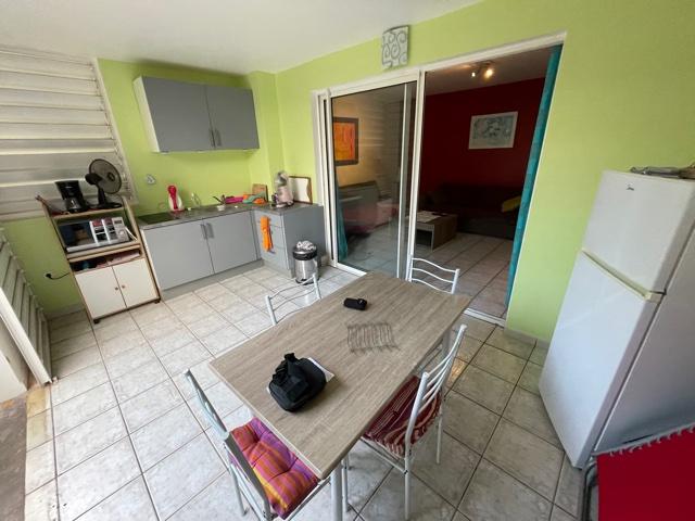 Appartement T1 Meublé avec jardin - La Saline Les Bains
