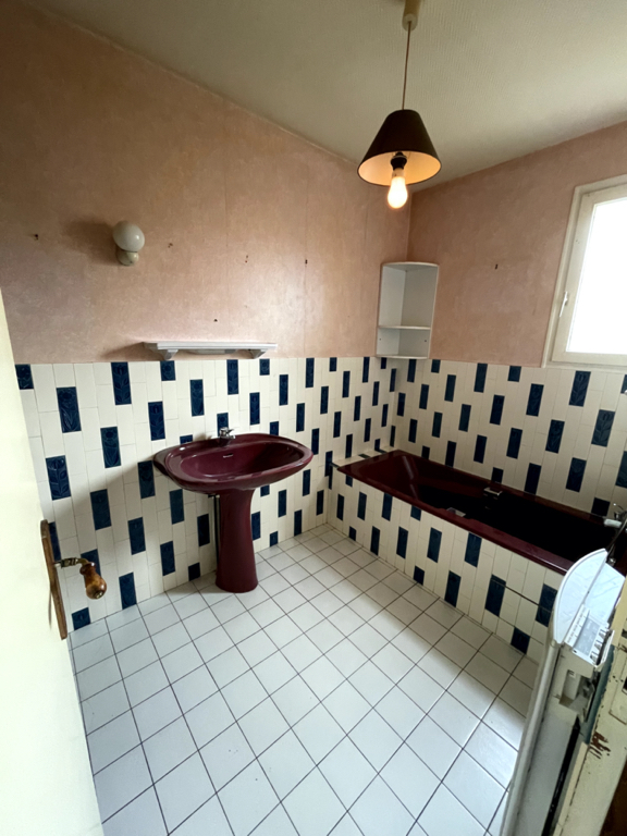 Vente Maison de 5 pièces 127 m² - OUISTREHAM 14150   AVA IMMOBILIER  - AR photo7