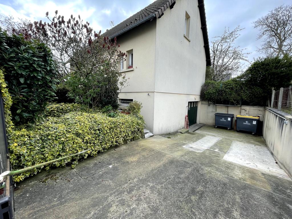Vente Maison de 5 pièces 127 m² - OUISTREHAM 14150   AVA IMMOBILIER  - AR photo11