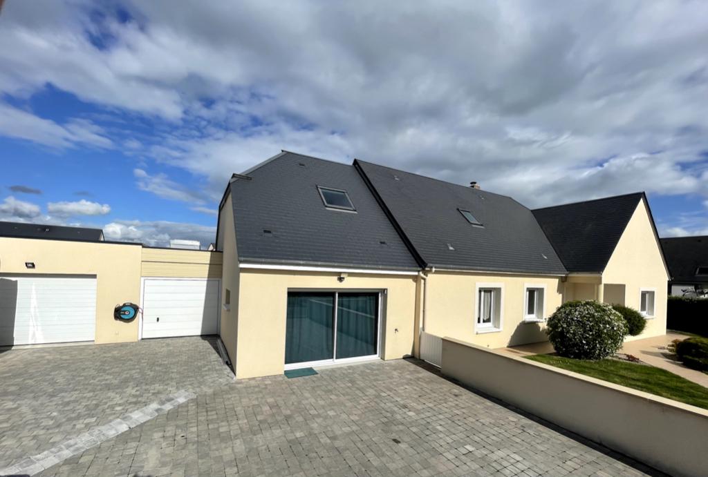 Vente Maison de 7 pièces 250 m² - DEMOUVILLE 14840 | AVA IMMOBILIER  - AR photo4