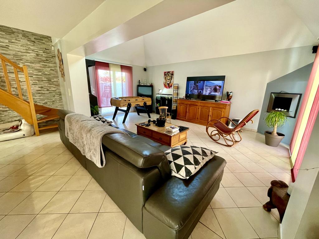 Vente Maison de 7 pièces 250 m² - DEMOUVILLE 14840 | AVA IMMOBILIER  - AR photo5
