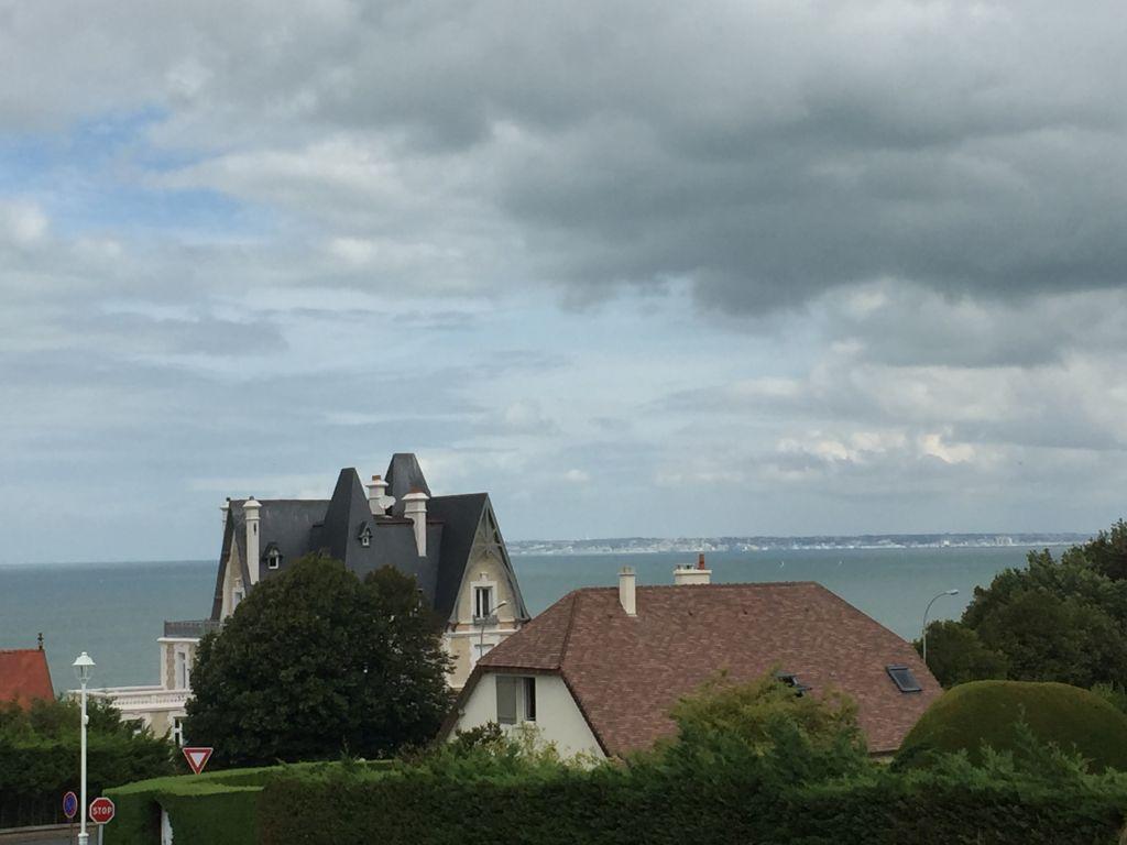 A VENDRE - Bénerville/mer - Résidence avec PISCINE