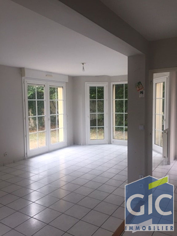 Location A LOUER  maison 5 pieces