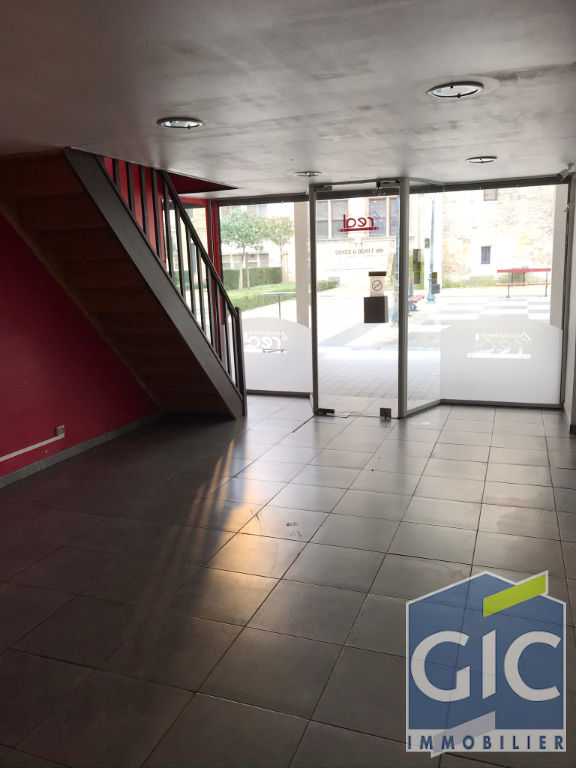 LOCAL COMMERCIAL 50 M²