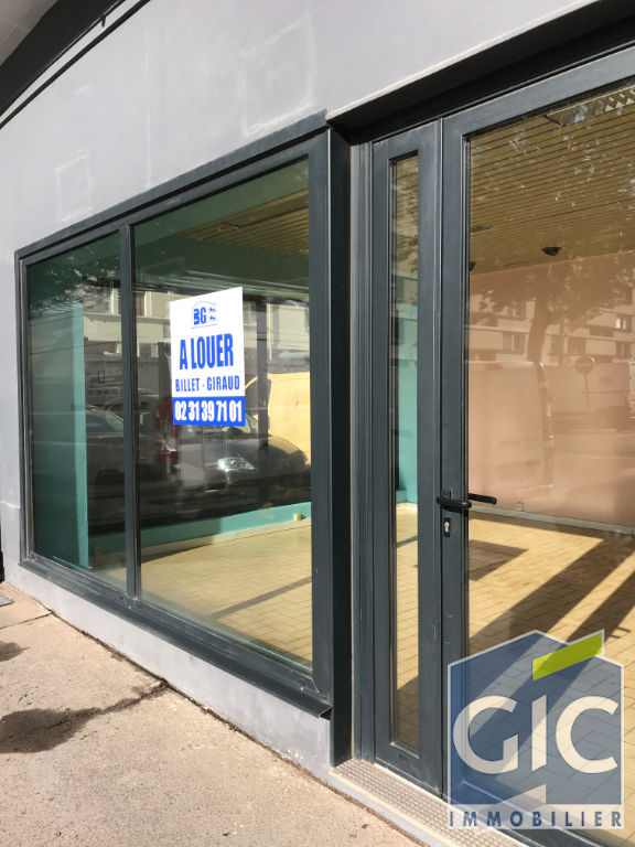 LOCAL COMMERCIAL 35 M²