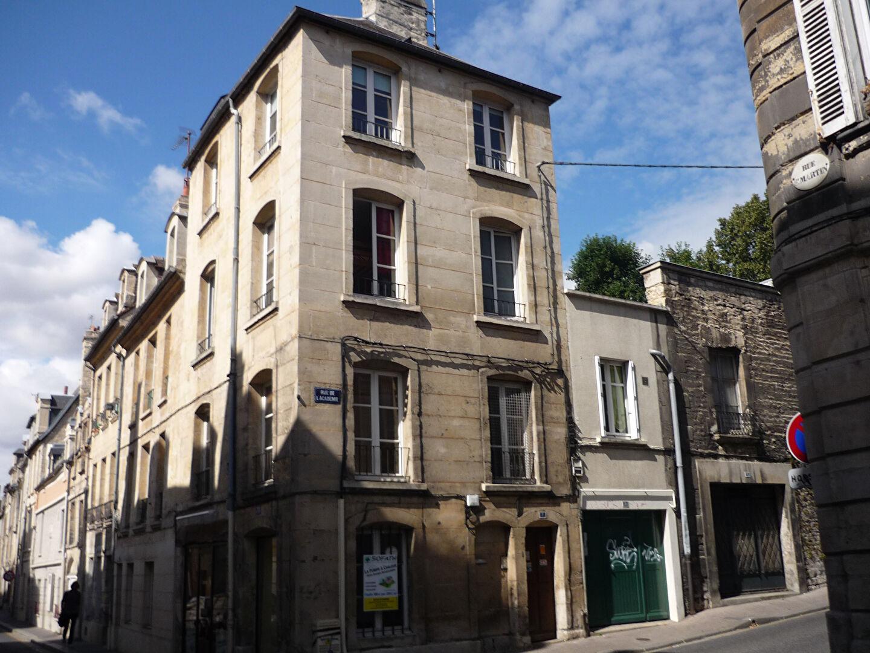Chambre - 3 Rue de l'Académie - 12.41m²