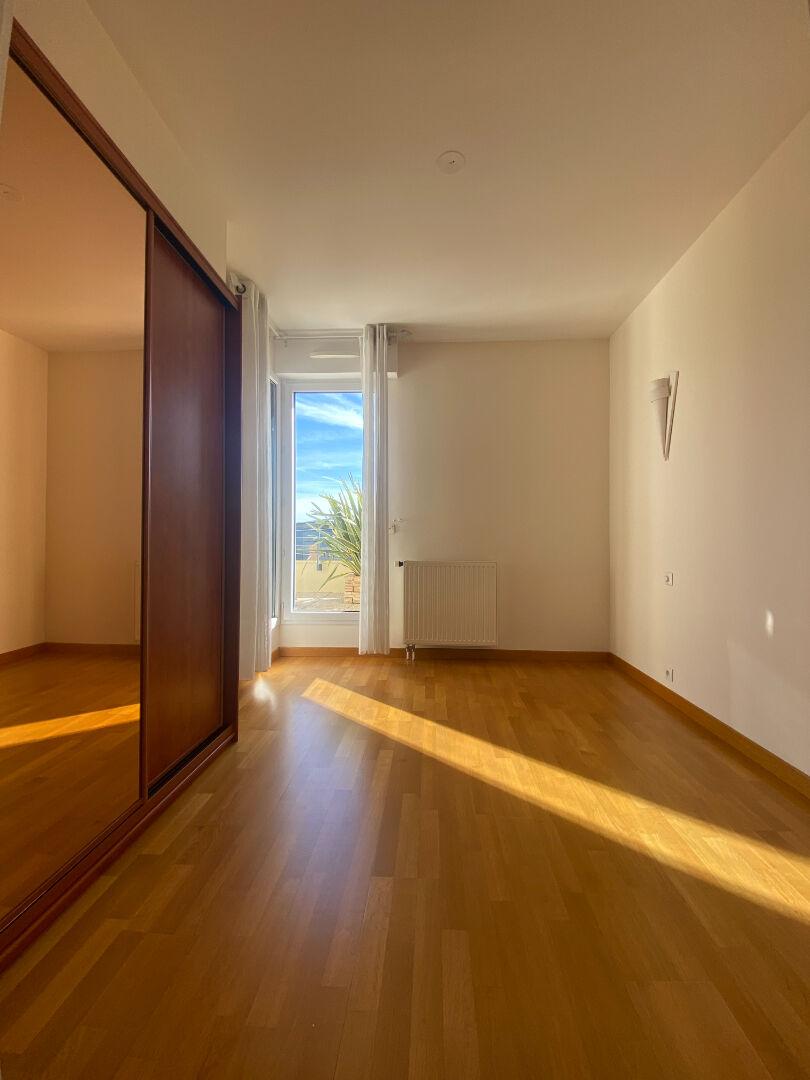 Location F4 - 24 Rue de l'Hippodrome - 93m²