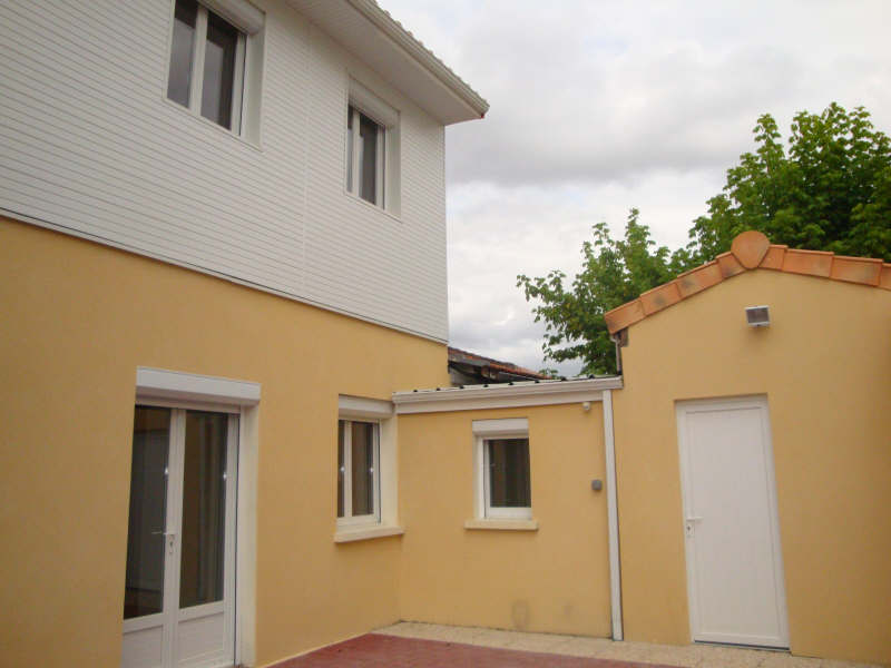 Location maison / villa Merignac 981€ CC - Photo 2