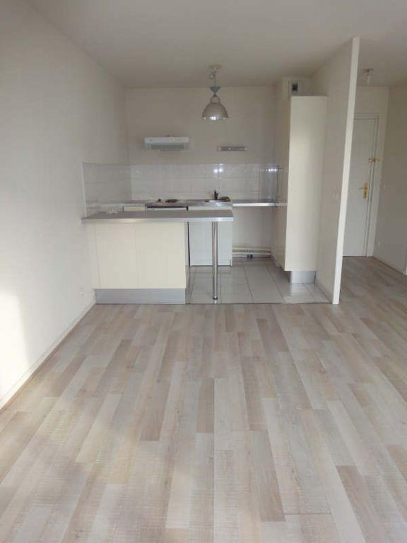 Rental apartment Merignac 607€ CC - Picture 2