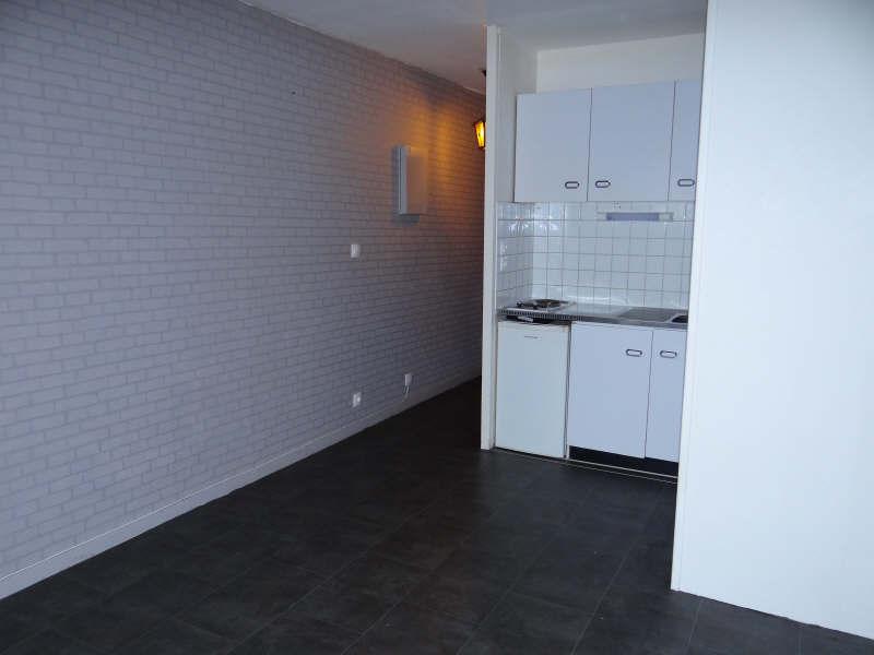 Location appartement Bordeaux 383,01€ CC - Photo 2