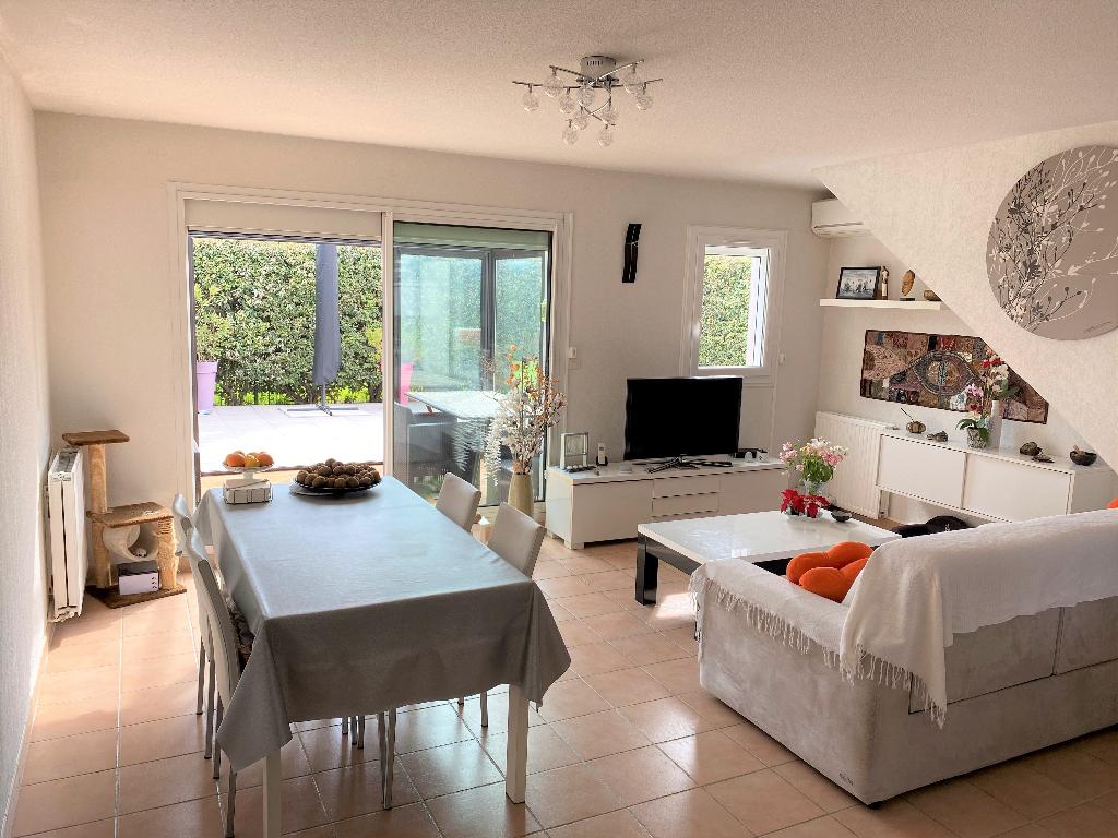 Maison Villeneuve Les Avignon 4 pièce(s) 92 m2