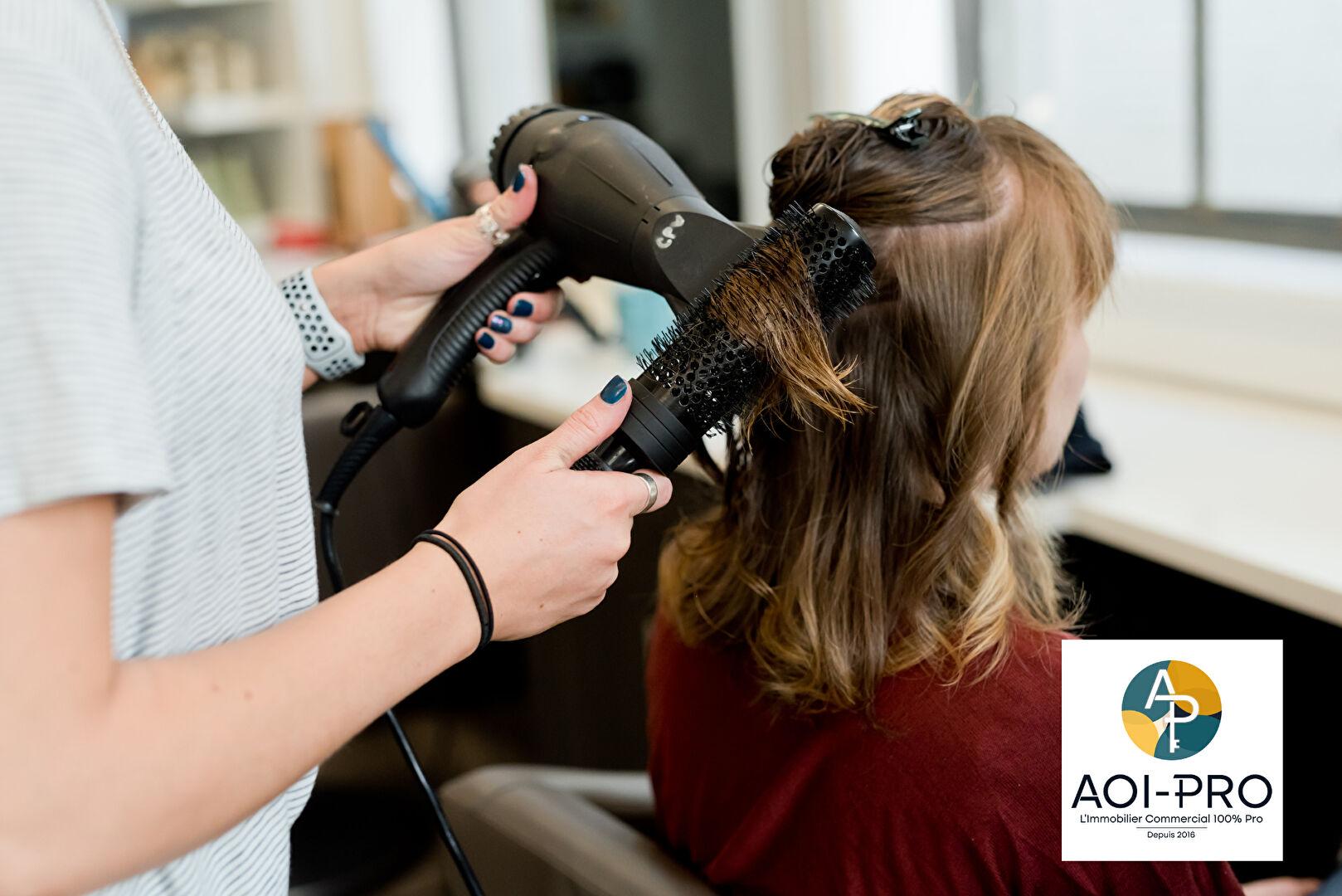 Salon de coiffure à vendre - 45.0 m2 - 33 - Gironde