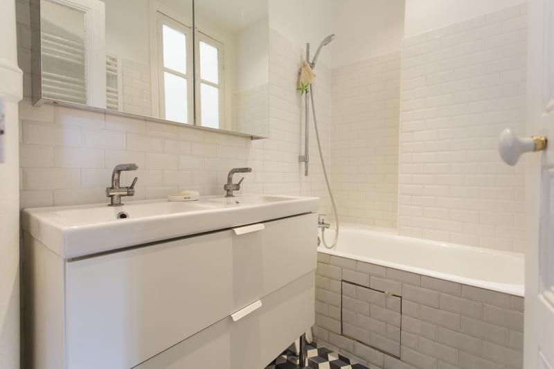Venta  apartamento Paris 15ème 655000€ - Fotografía 7