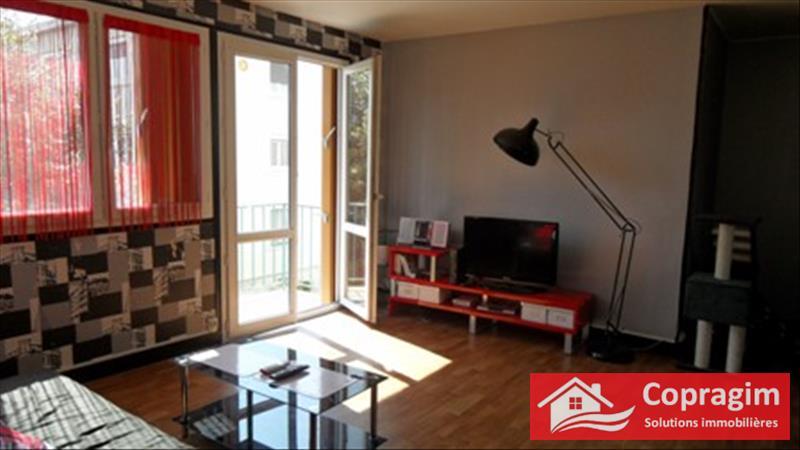 Rental apartment Montereau fault yonne 590€ CC - Picture 7