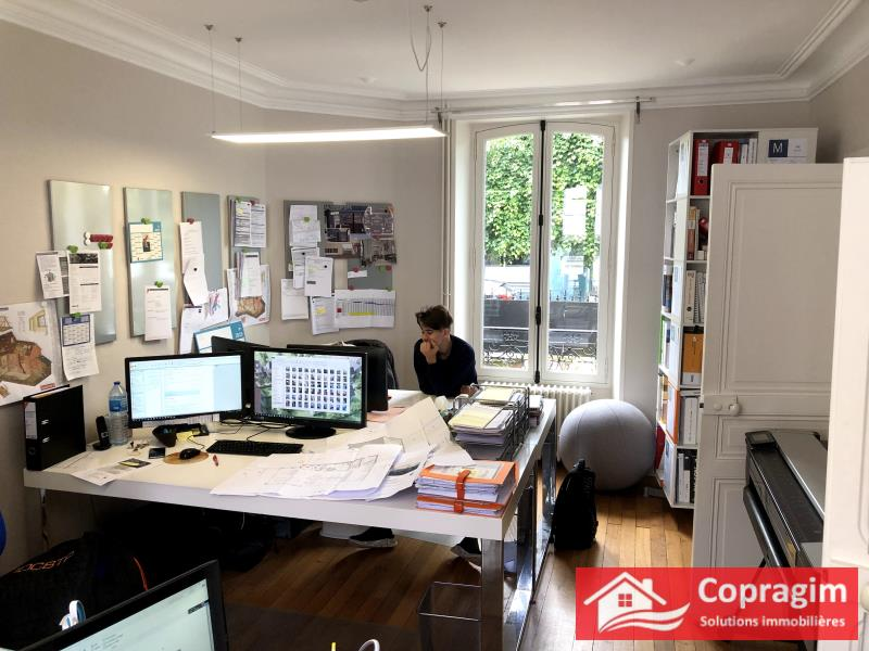 Rental office Montereau fault yonne 1 260€ HC - Picture 2