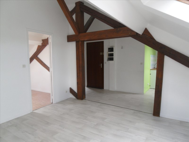 Location appartement Montereau fault yonne 525€ CC - Photo 1