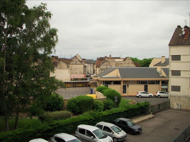 Location appartement Montereau fault yonne 770€ CC - Photo 3