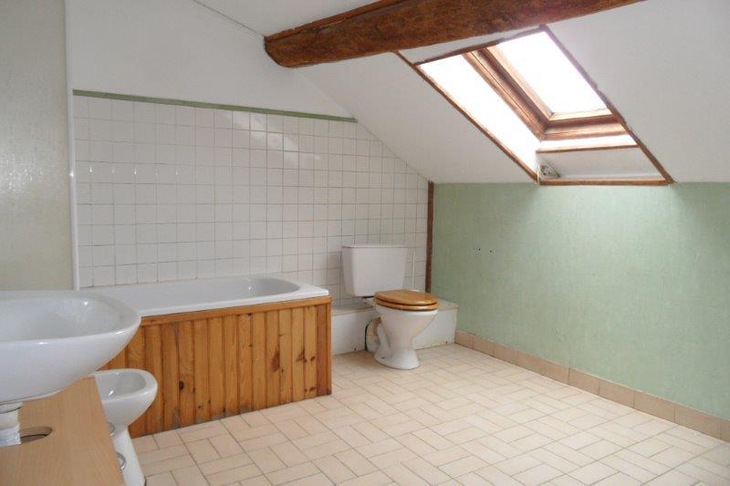 Rental house / villa Voulx 462€ CC - Picture 5
