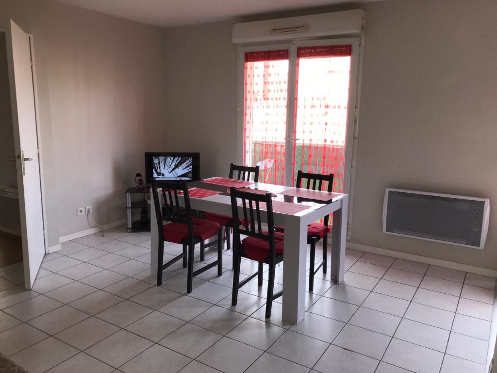 Deluxe sale apartment Montereau fault yonne 108000€ - Picture 6