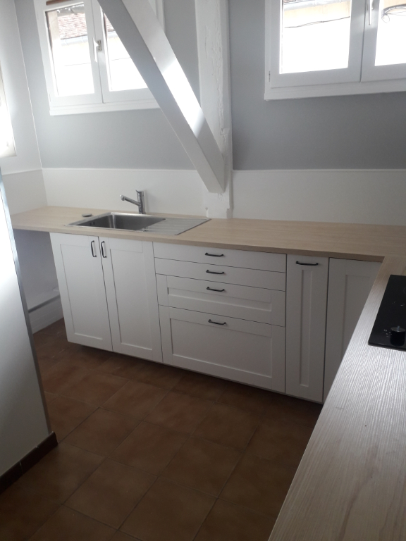 Location appartement Montereau fault yonne 650€ CC - Photo 2