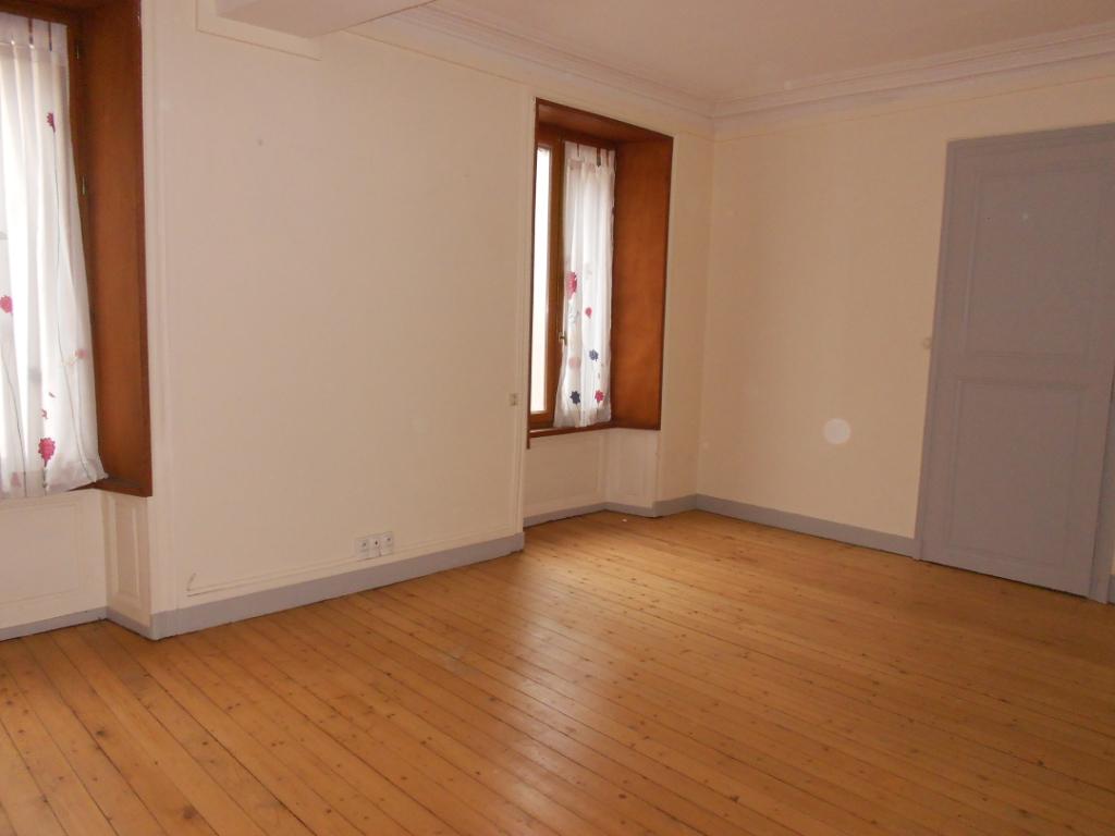 Location appartement Nogent sur seine 505€ CC - Photo 1